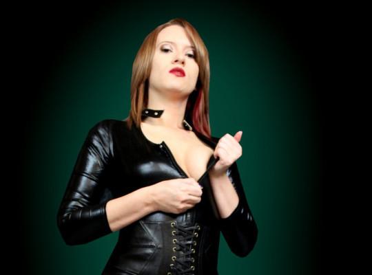 Feature Interview: Goddess JessiBelle