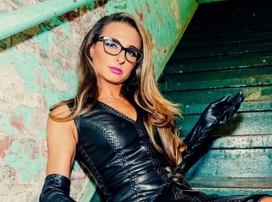 Feature Interview: Mistress Adrienne