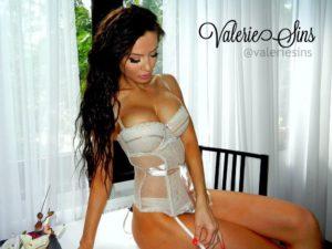 Goddess Valerie Sins