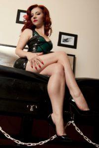 Mistress Lola Ruin