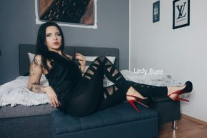 Lady Bunt