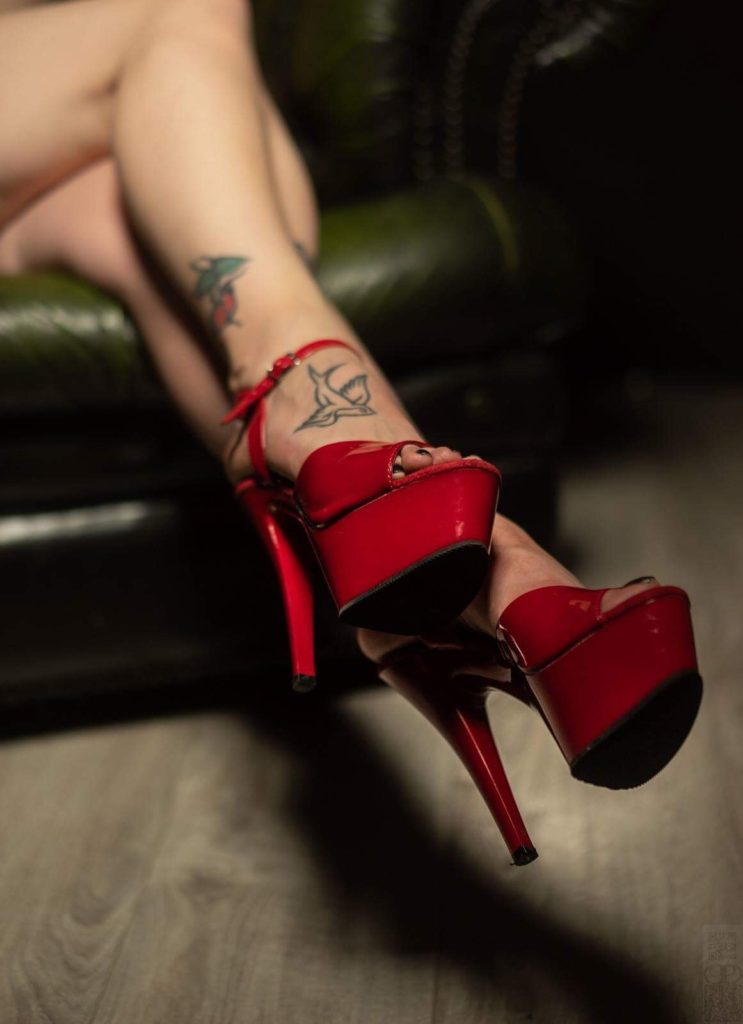 Feature interview on Domme Addiction